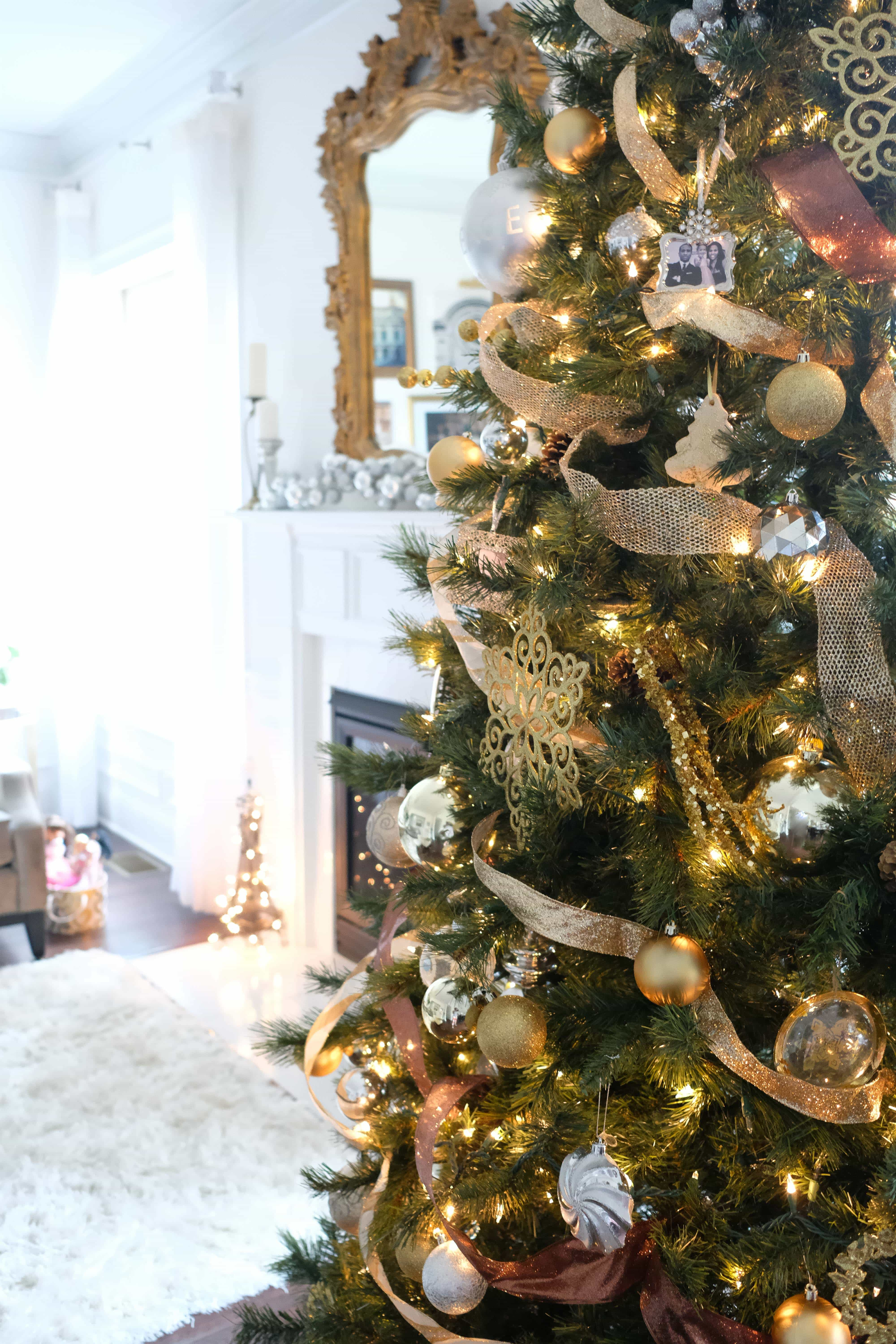 11 foot christmas tree with silver gold and clear ornaments